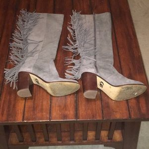 Gianni Bini gray suede fringe boots